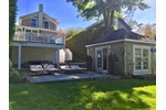 HISTORIC DESIGNER DECORATED SAG HARBOR WHALING COTTAGE